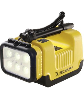 Najaśnica LED Peli 9430 RALS strażacka