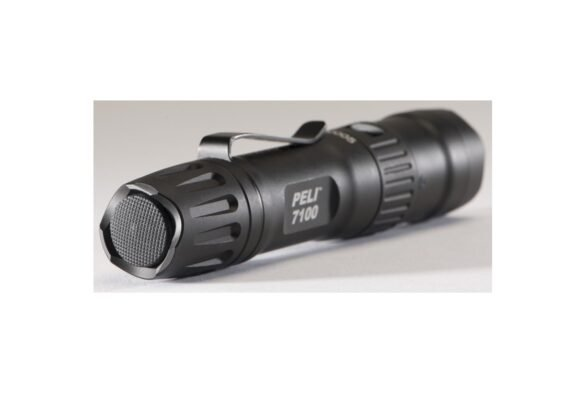 peli-products-led-tactical-police-torch-7100-1024x494
